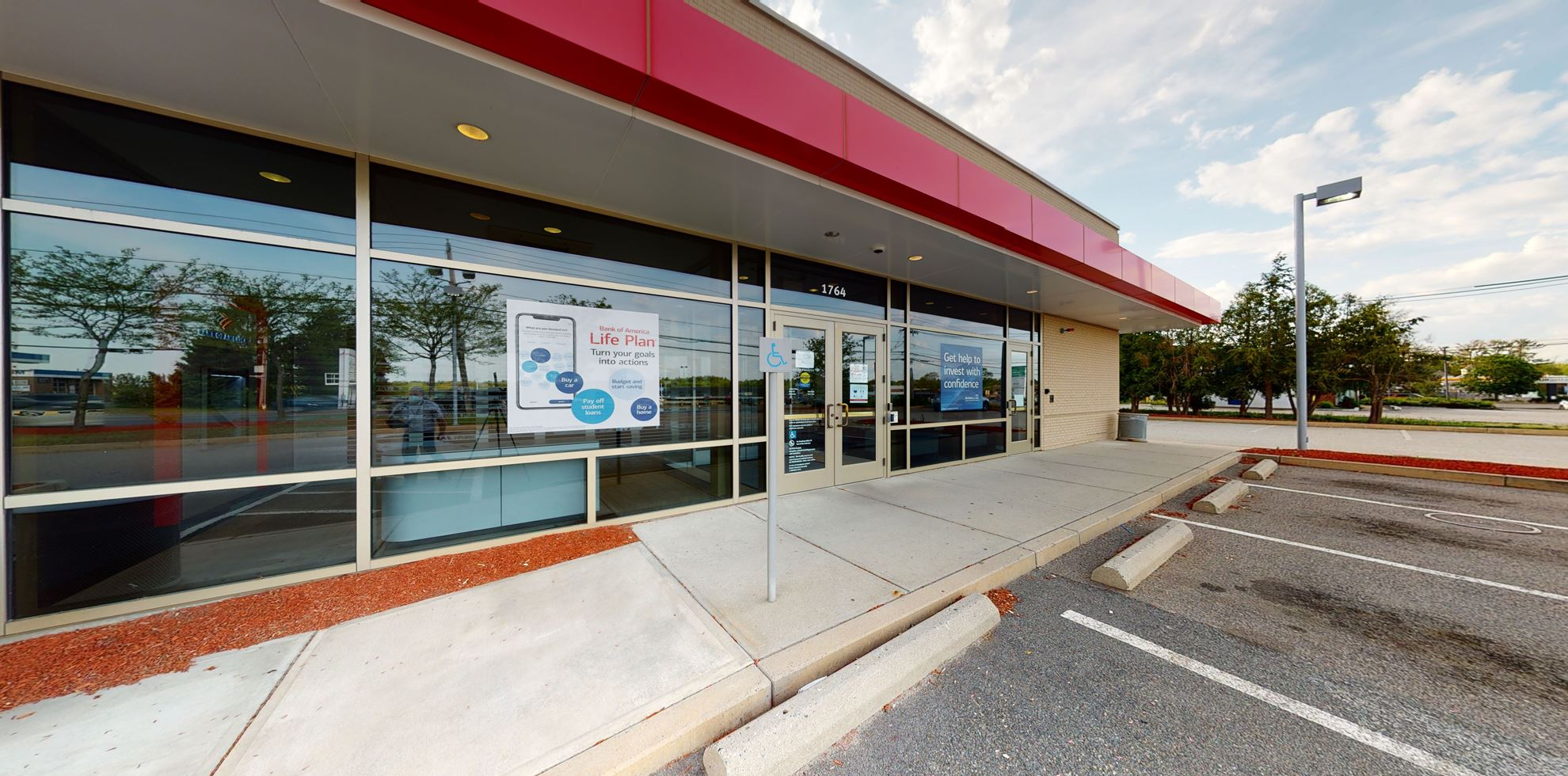 Bank of America financial center with drive-thru ATM | 1764 Washington St, Hanover, MA 02339