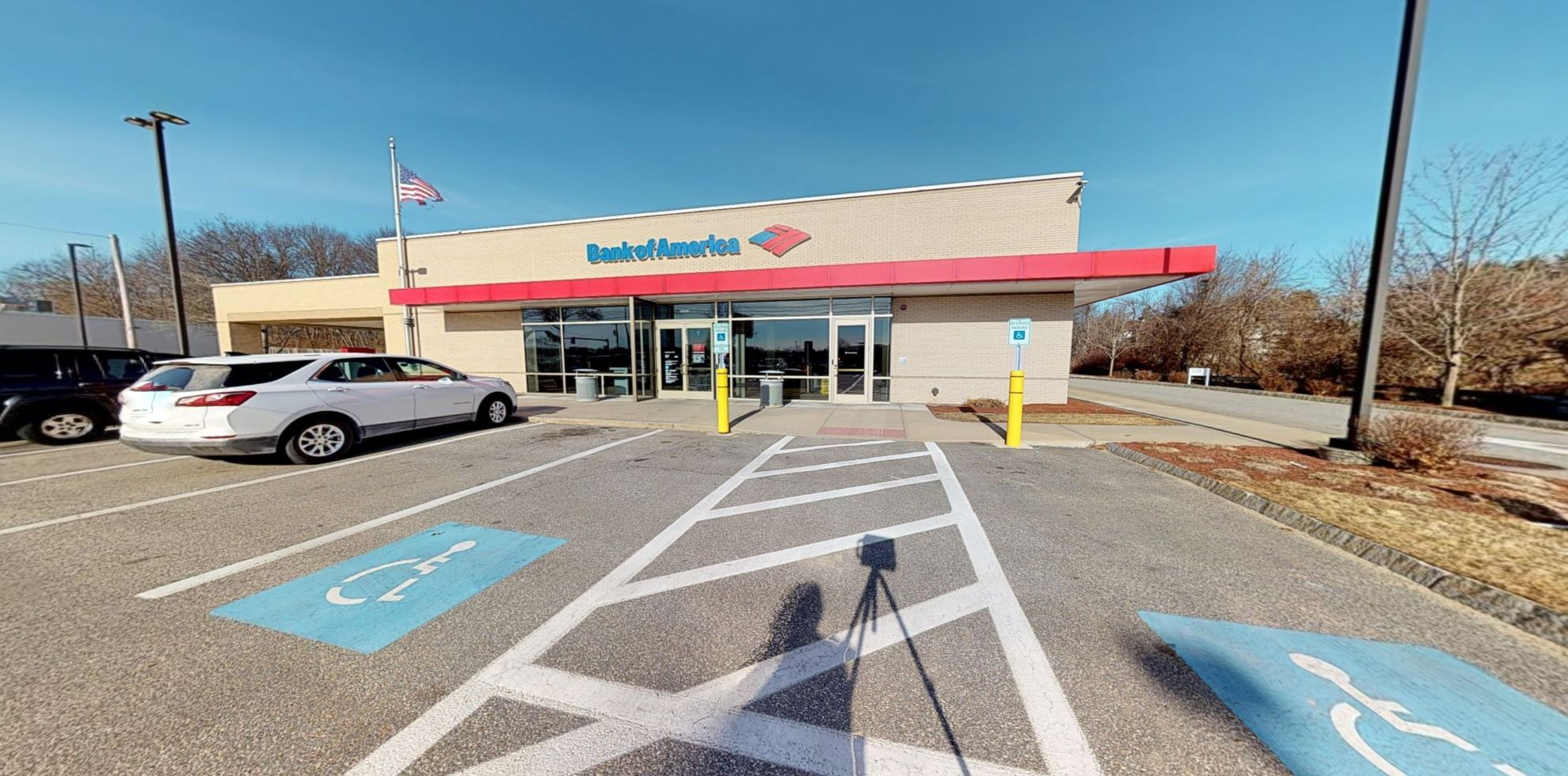 Bank of America financial center with drive-thru ATM   1000 S Willow St, Manchester, NH 03103