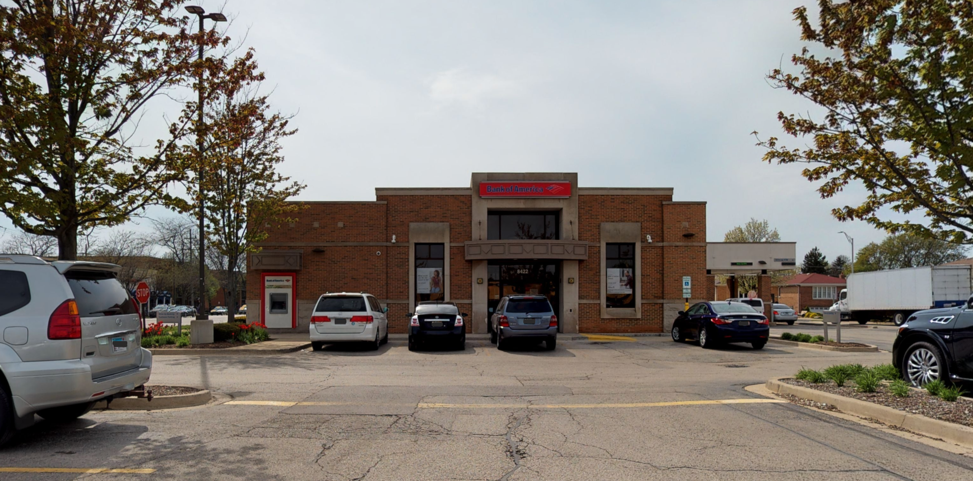 Bank of America financial center with drive-thru ATM   8422 W Lawrence Ave, Norridge, IL 60706