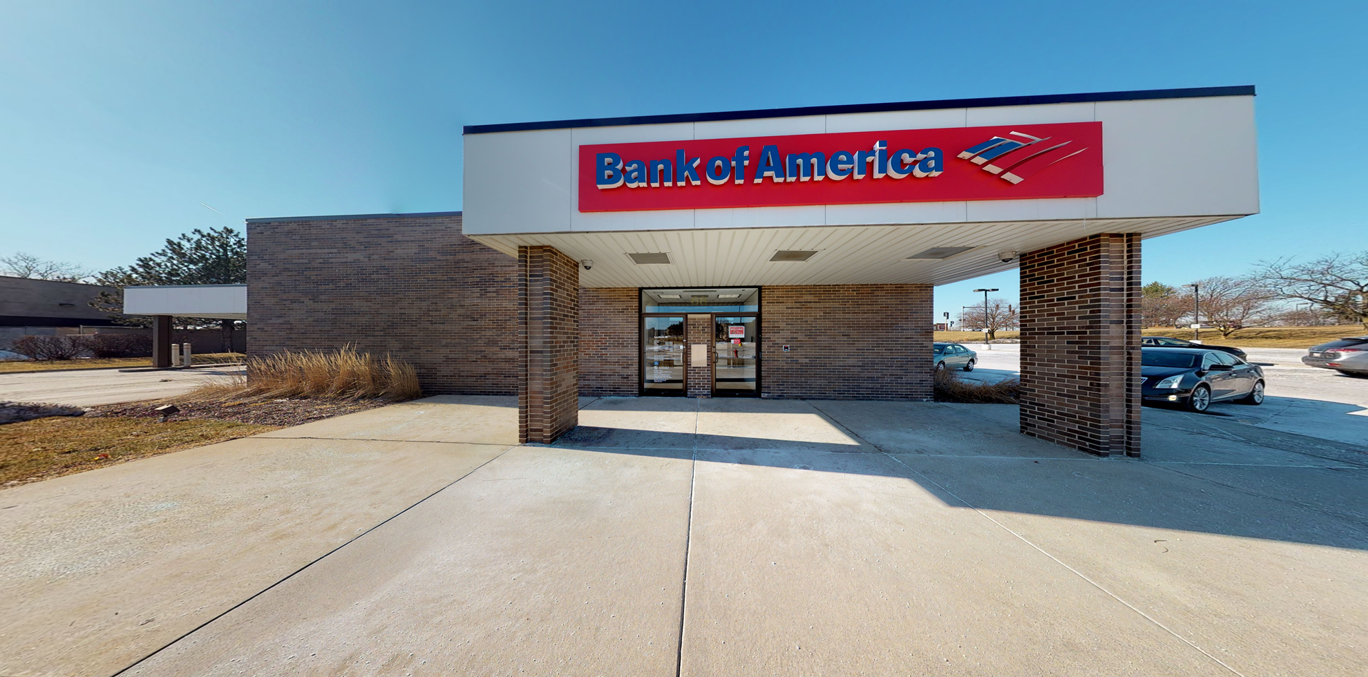 Bank of America financial center with drive-thru ATM   68 Stratford Dr, Bloomingdale, IL 60108