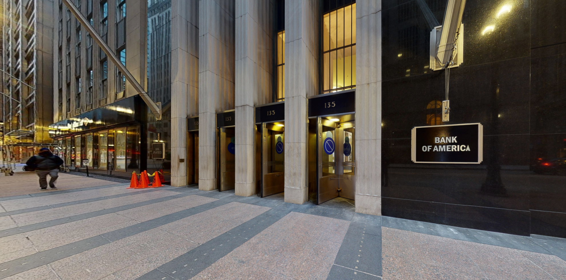 Bank of America financial center with walk-up ATM   135 S La Salle St STE LL18, Chicago, IL 60603