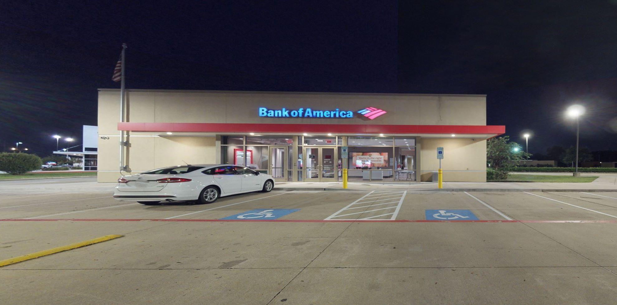 Bank of America financial center with drive-thru ATM | 9006 W Sam Houston Pkwy N, Houston, TX 77064