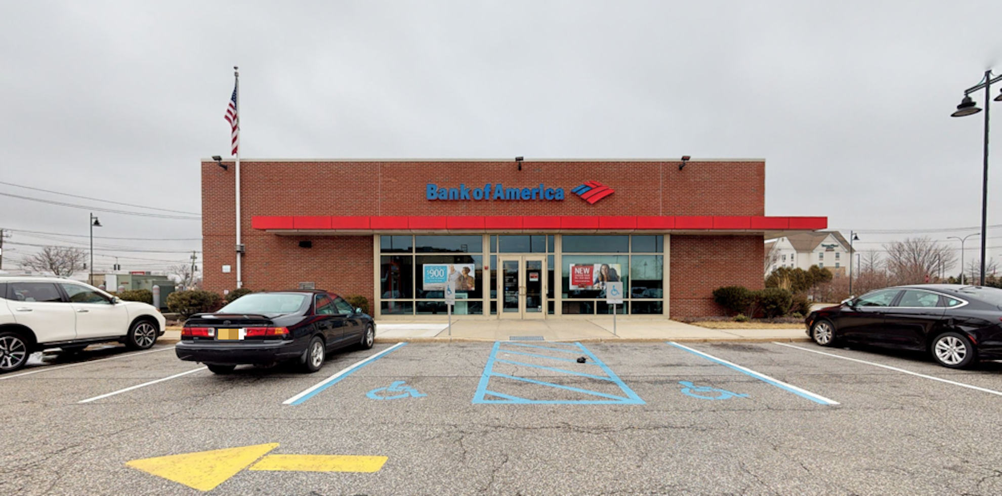 Bank of America financial center with drive-thru ATM   927 Route 110, Farmingdale, NY 11735