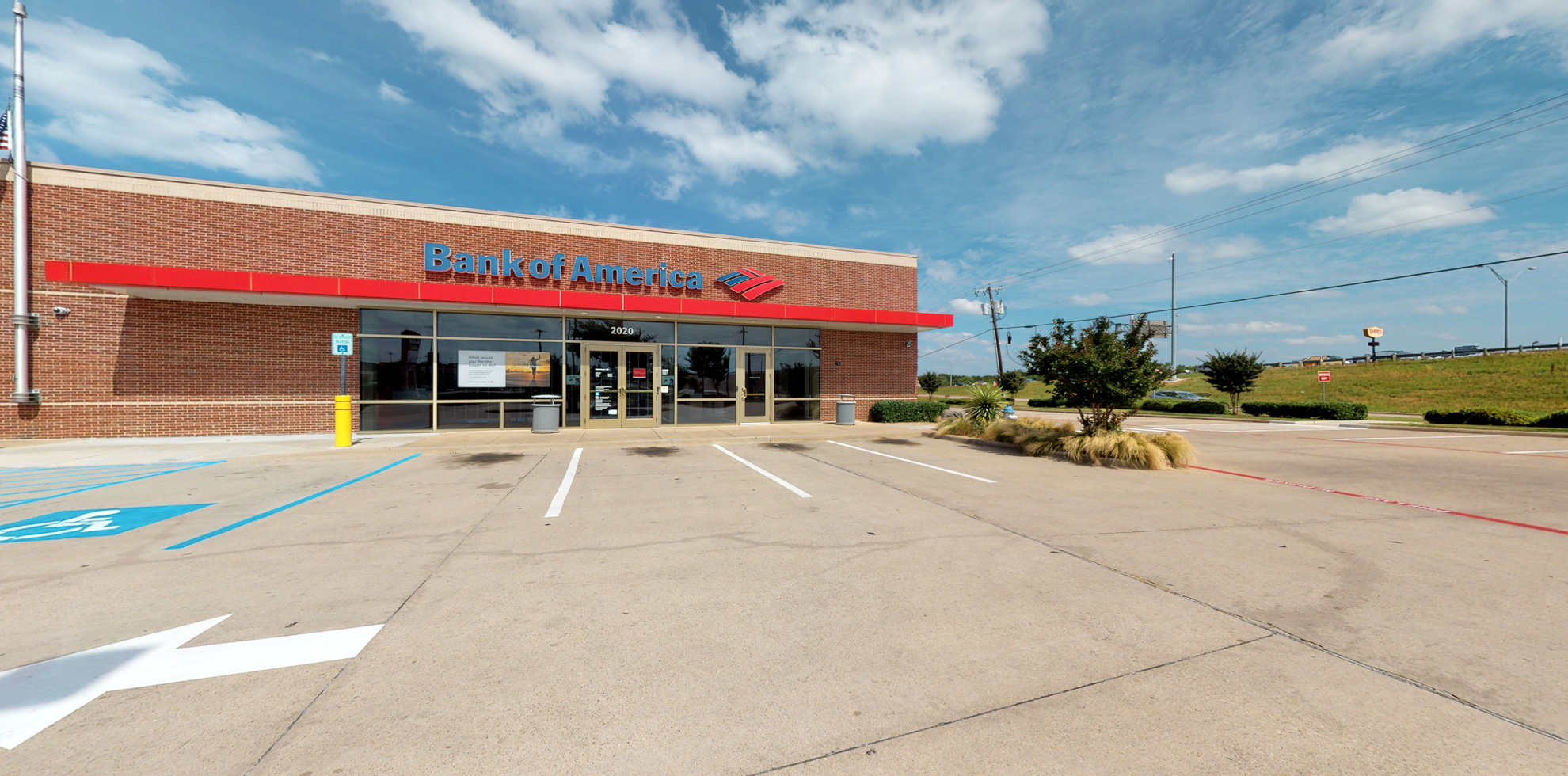 Bank of America financial center with drive-thru ATM | 2020 N Belt Line Rd, Mesquite, TX 75150