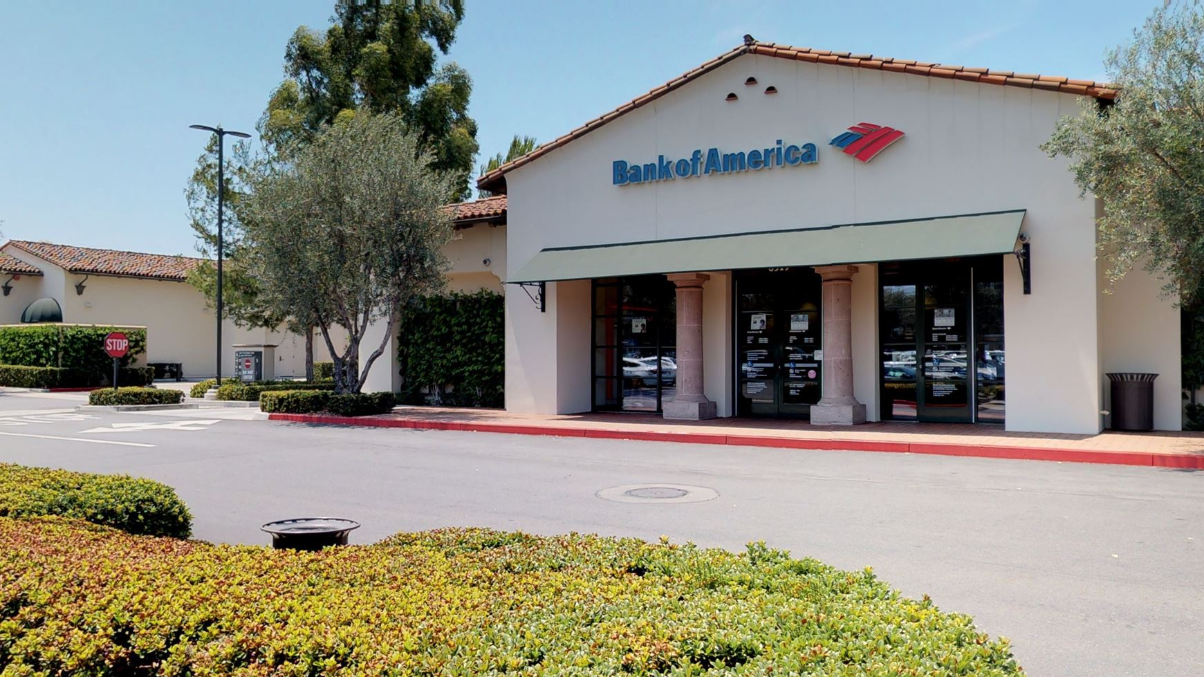Bank of America financial center with drive-thru ATM | 6519 Quail Hill Pkwy, Irvine, CA 92603
