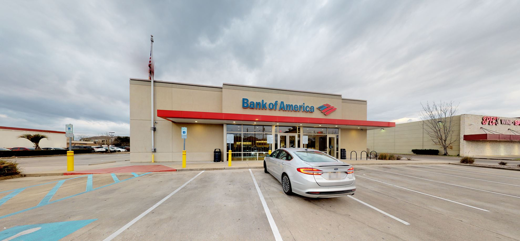 Bank of America financial center with drive-thru ATM | 8108 Westheimer Rd, Houston, TX 77063