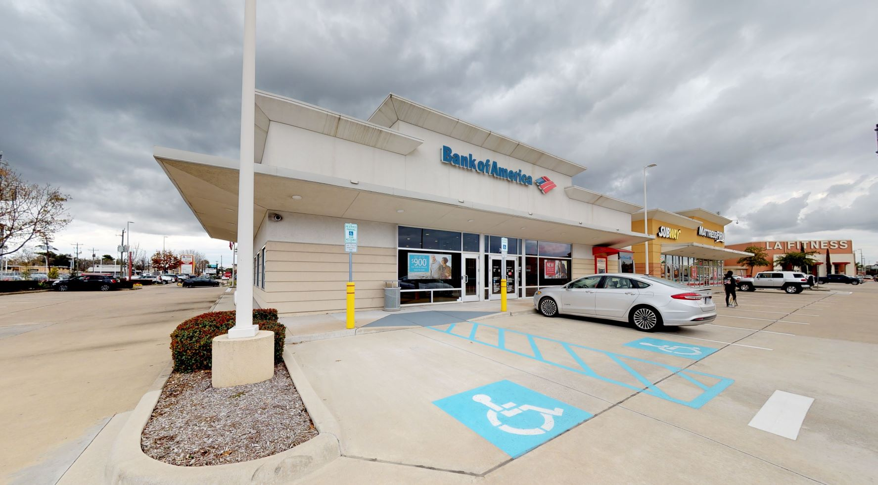 Bank of America financial center with drive-thru ATM   7696 Katy Fwy, Houston, TX 77024