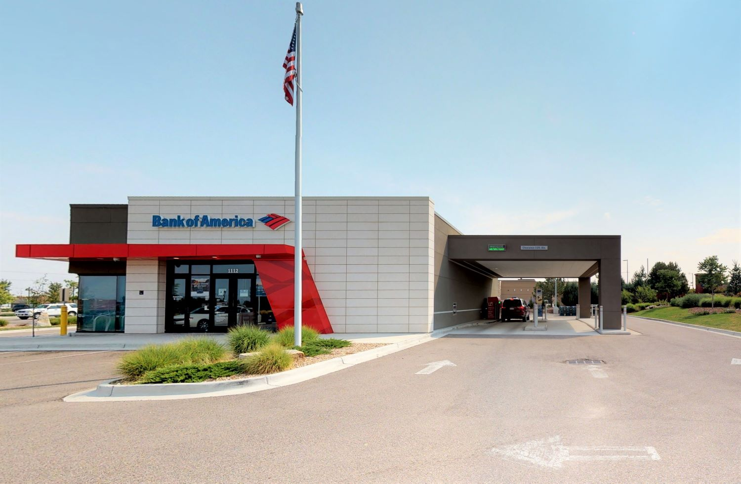 Bank of America financial center with drive-thru ATM | 1112 Cpl Max Donahue Ln, Highlands Ranch, CO 80129