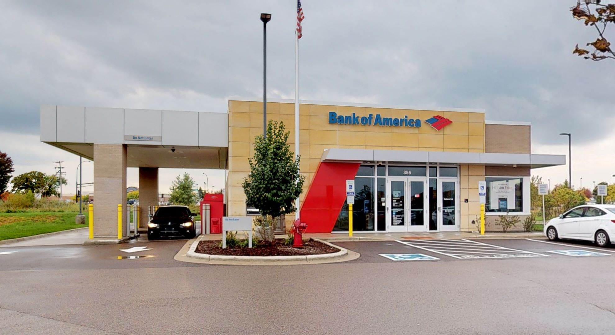 Bank of America financial center with drive-thru ATM | 355 Radio Dr, Woodbury, MN 55125