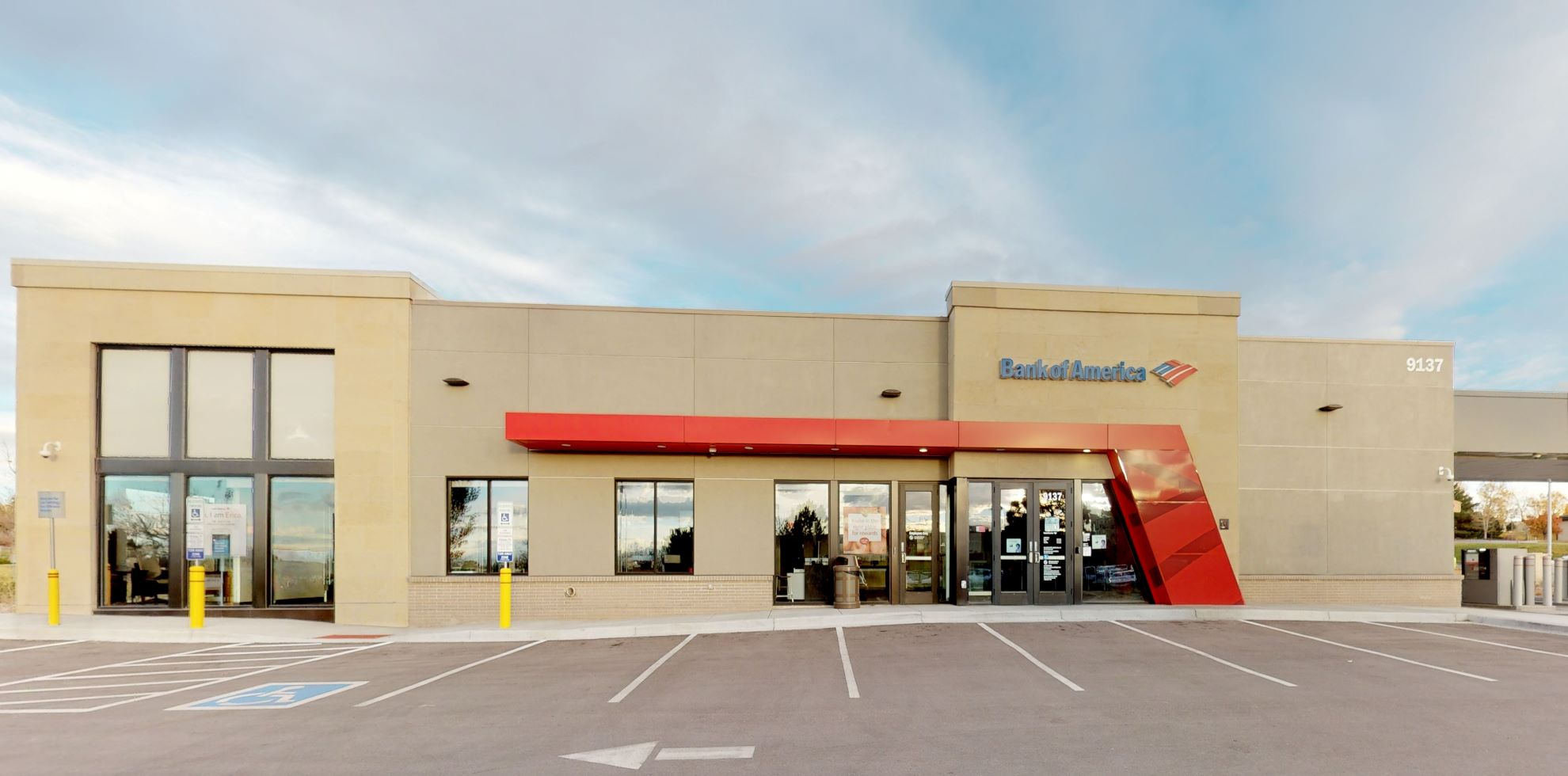 Bank of America financial center with drive-thru ATM   9137 Westview Rd, Lone Tree, CO 80124