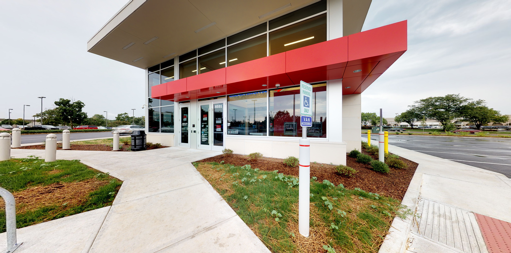 Bank of America financial center with drive-thru ATM | 8551 River Rd, Indianapolis, IN 46240