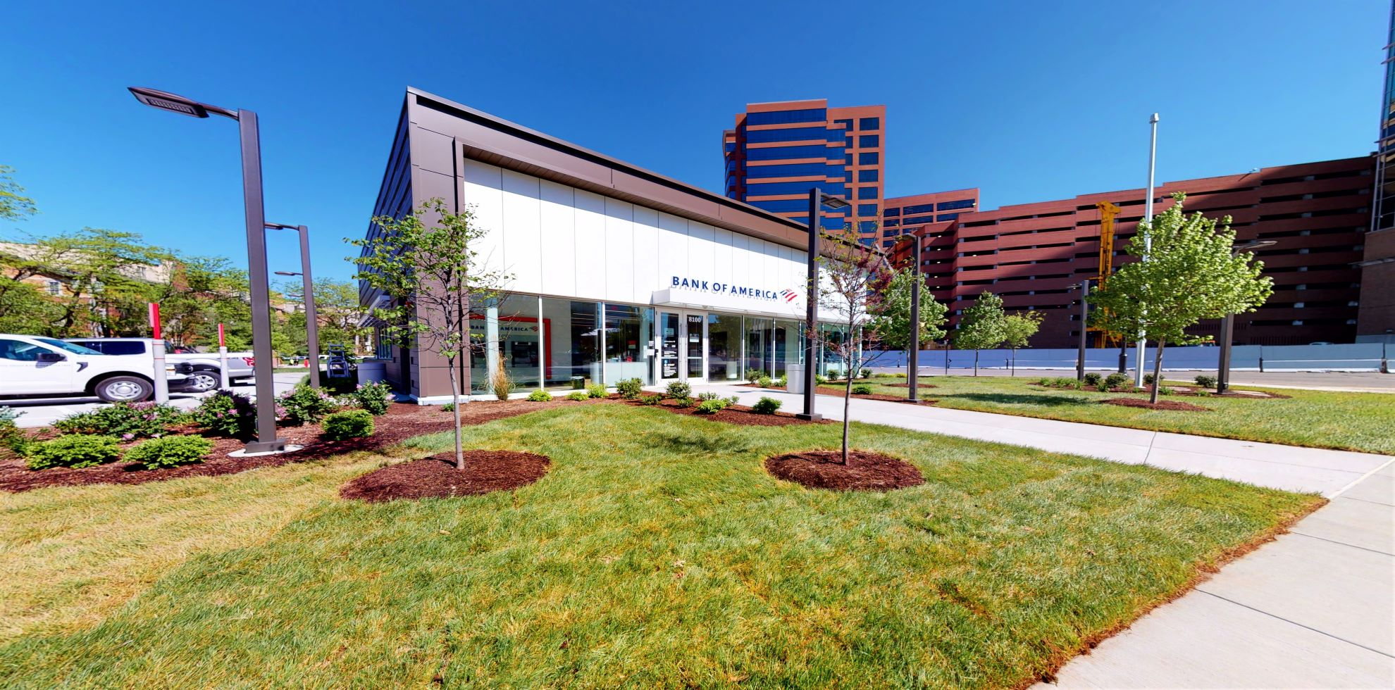 Bank of America financial center with walk-up ATM | 8100 Forsyth Blvd, Clayton, MO 63105