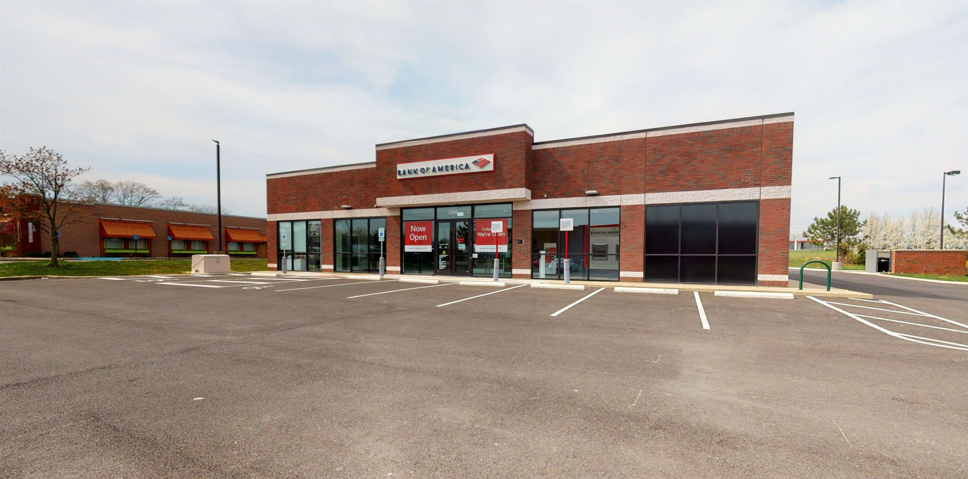 Bank of America financial center with drive-thru ATM   1580 Georgesville Square Dr, Columbus, OH 43228
