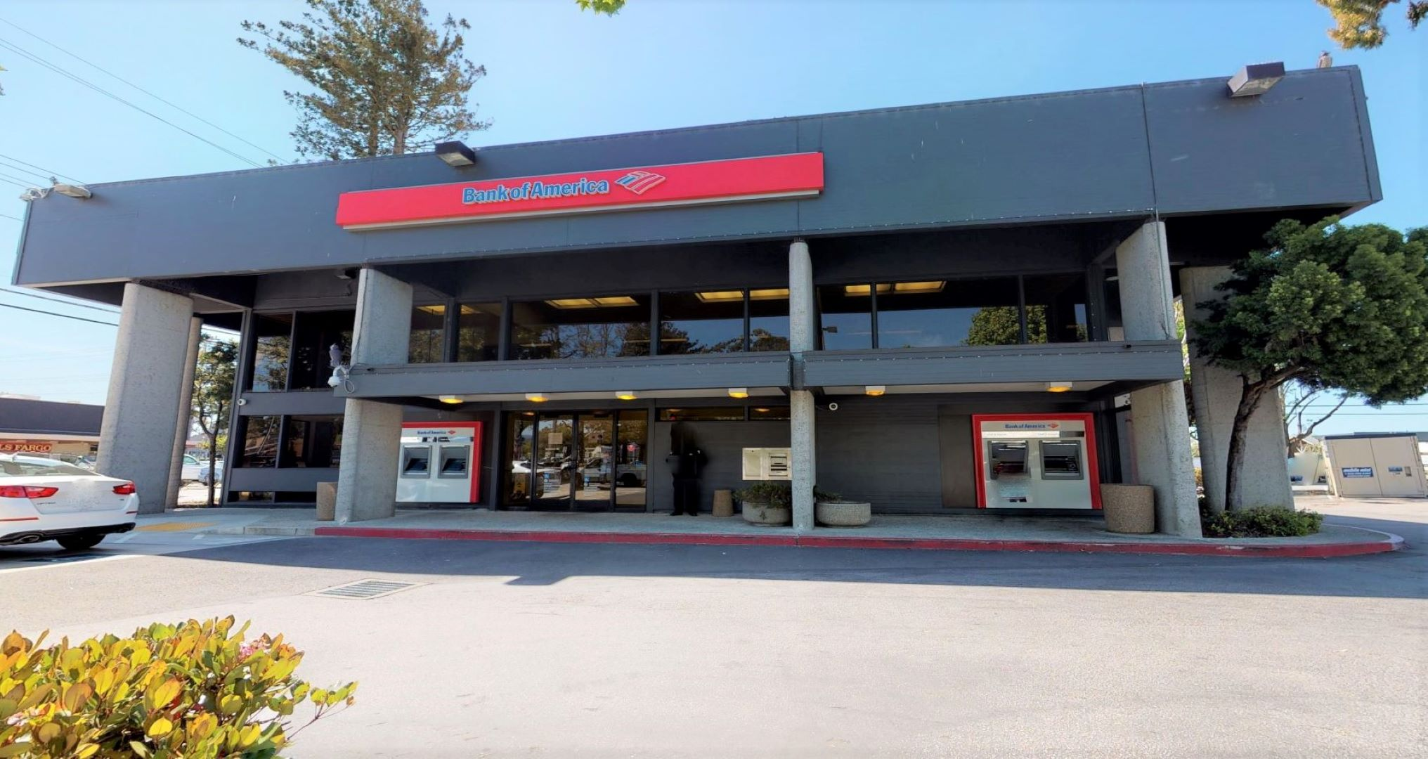 Bank of America financial center with walk-up ATM   4055 Capitola Rd, Capitola, CA 95010