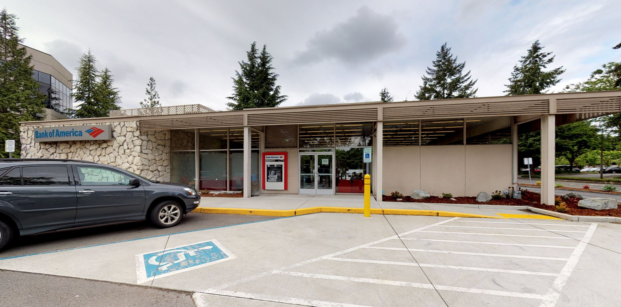 Bank of America financial center with drive-thru ATM   14440 SE Eastgate Way, Bellevue, WA 98007