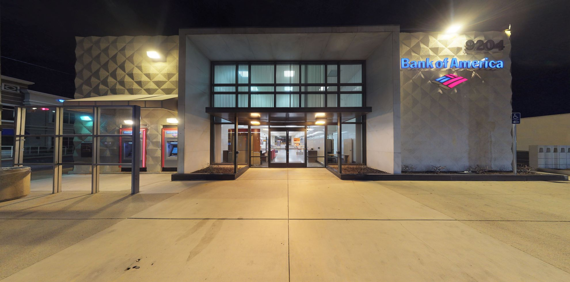 Bank of America financial center with walk-up ATM   9204 Magnolia Ave, Riverside, CA 92503