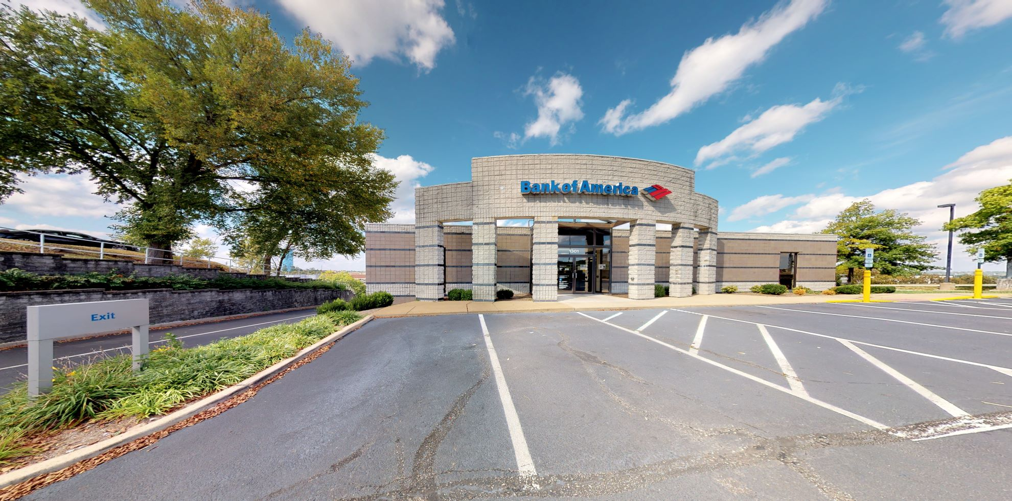 Bank of America financial center with drive-thru ATM and teller | 1301 Jeffco Blvd, Arnold, MO 63010