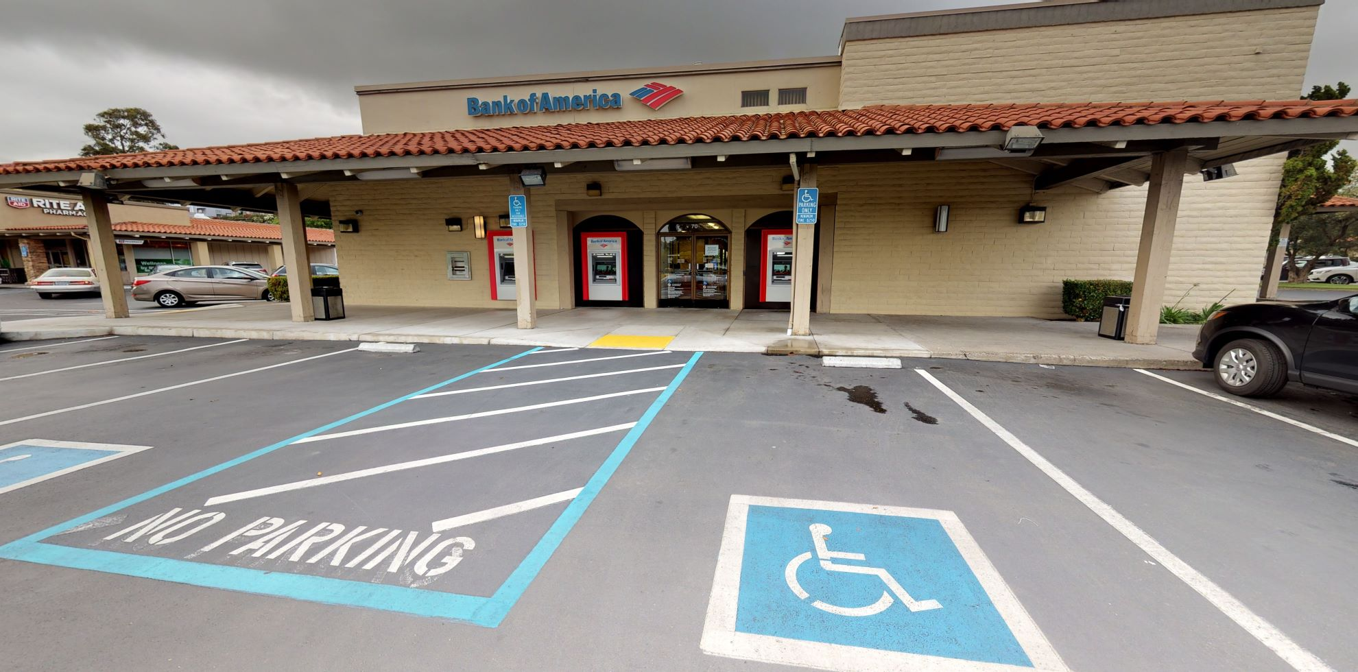 Bank of America financial center with walk-up ATM | 70 Solano Sq, Benicia, CA 94510