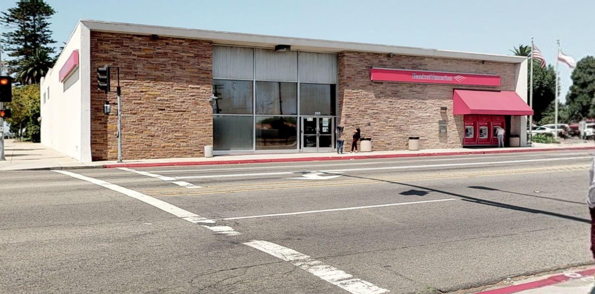 Bank of America financial center with walk-up ATM | 295 E St, Chula Vista, CA 91910