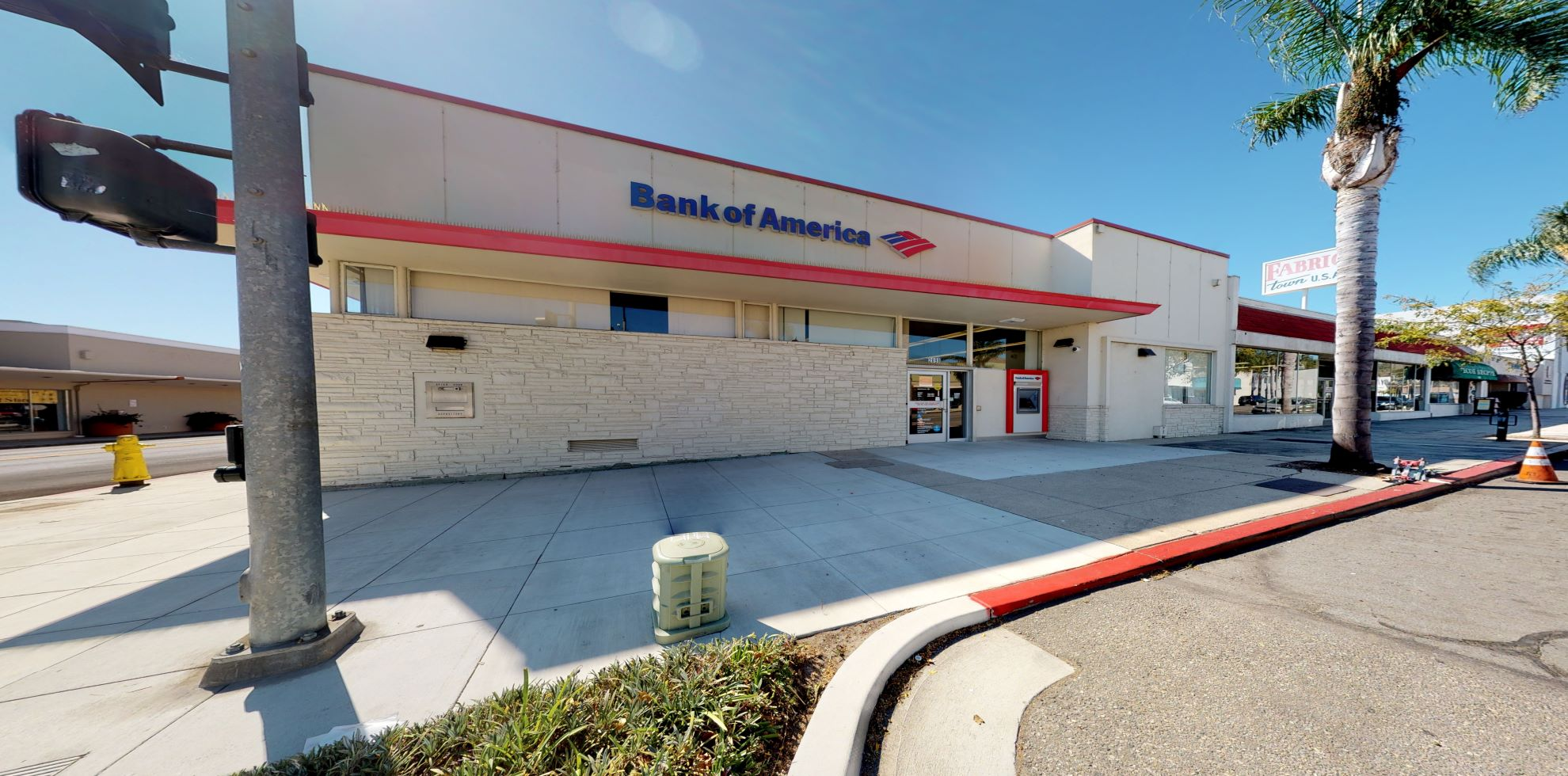 Bank of America financial center with walk-up ATM | 2698 E Main St, Ventura, CA 93003