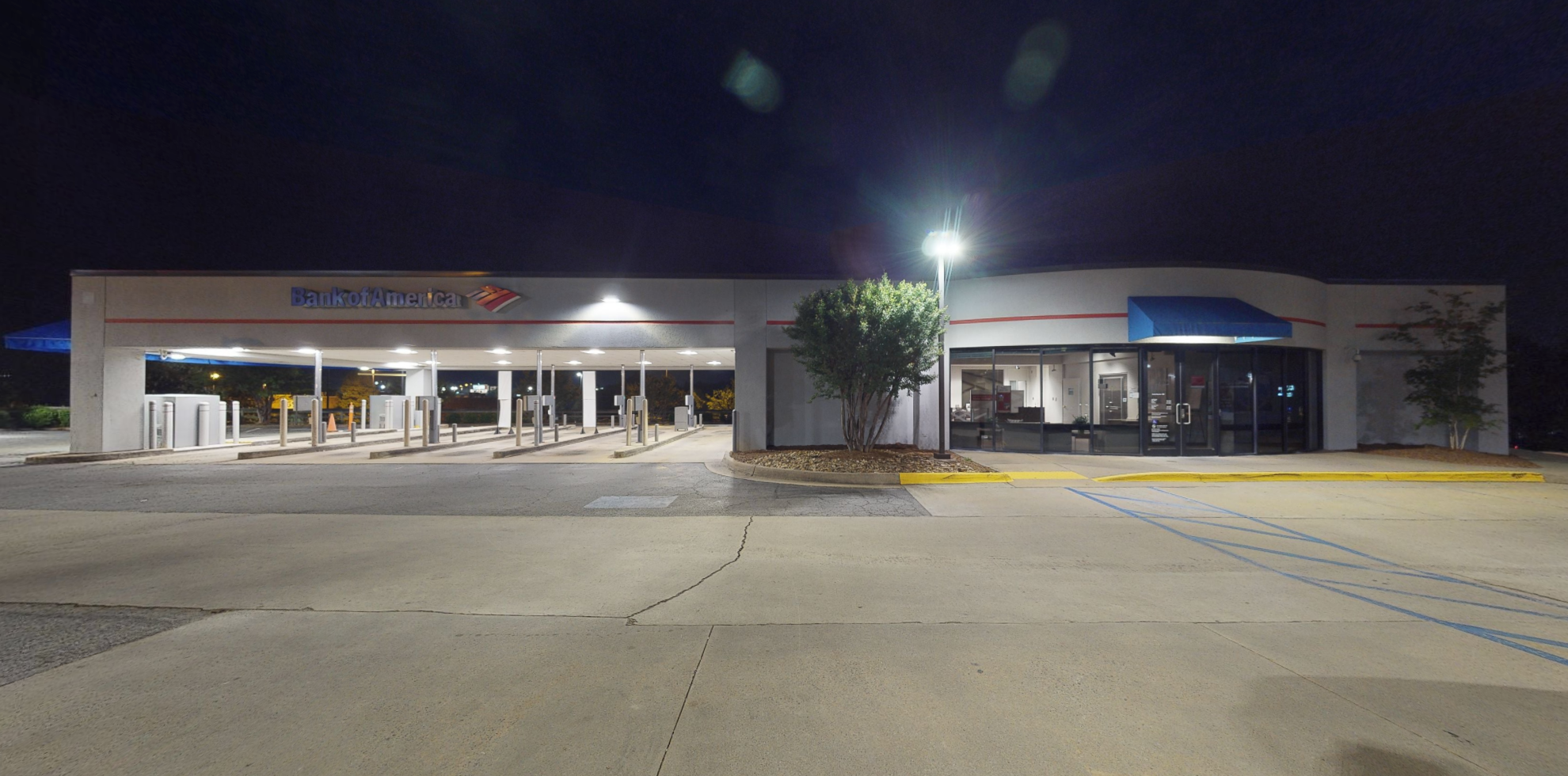 Bank of America financial center with drive-thru ATM and teller | 300 S Bowman Rd, Little Rock, AR 72211