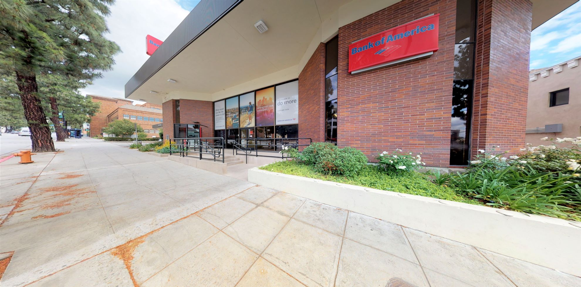 Bank of America financial center with drive-thru ATM | 142 E Olive Ave, Burbank, CA 91502