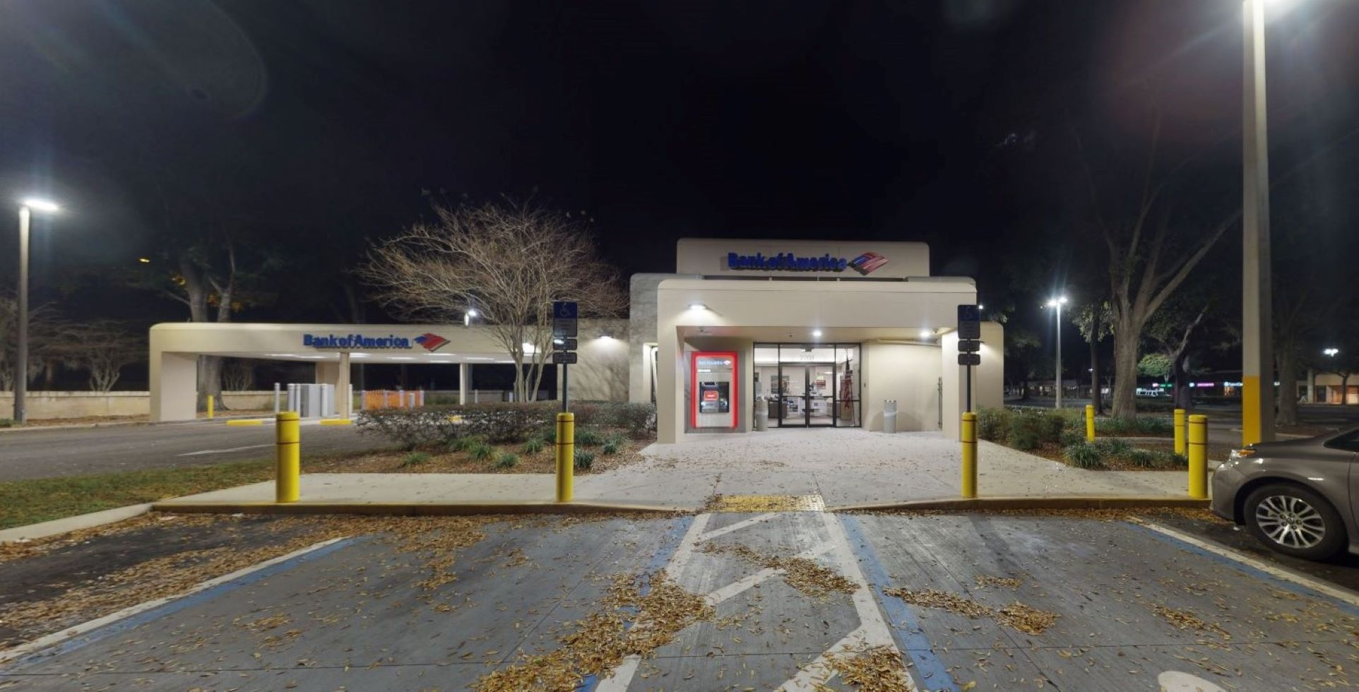 Bank of America financial center with drive-thru ATM | 2701 S Conway Rd, Orlando, FL 32812