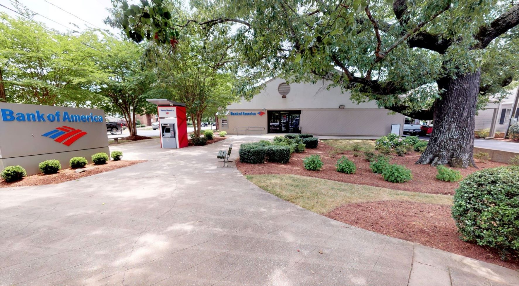 Bank of America financial center with walk-up ATM | 170 E Mills St, Columbus, NC 28722