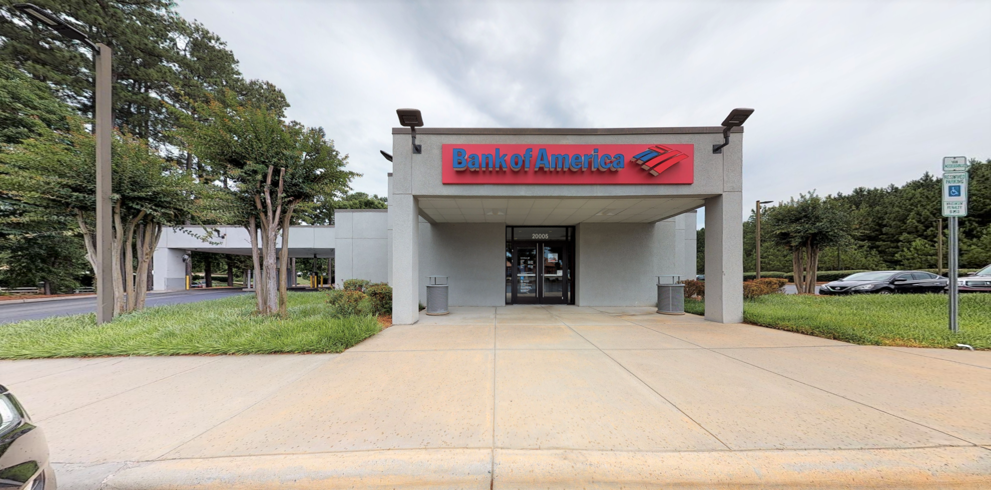 Bank of America financial center with drive-thru ATM and teller   20005 W Catawba Ave, Cornelius, NC 28031