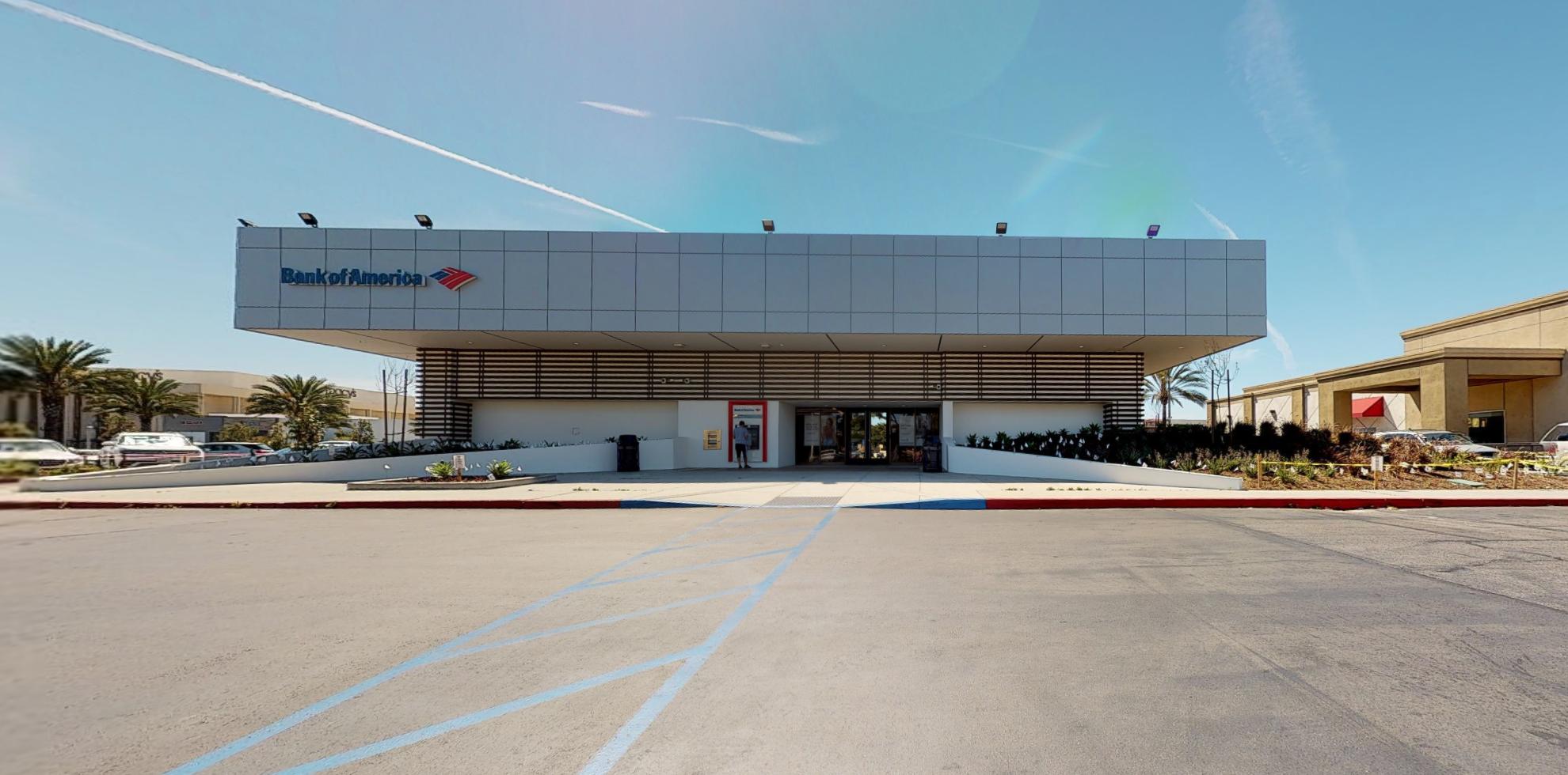 Bank of America financial center with drive-thru ATM | 18641 S Gridley Rd, Cerritos, CA 90703