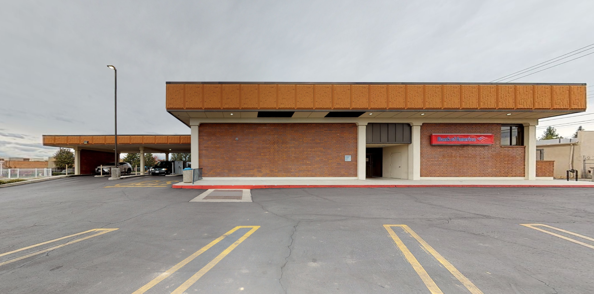 Bank of America financial center with drive-thru ATM | 1201 Baker St, Bakersfield, CA 93305