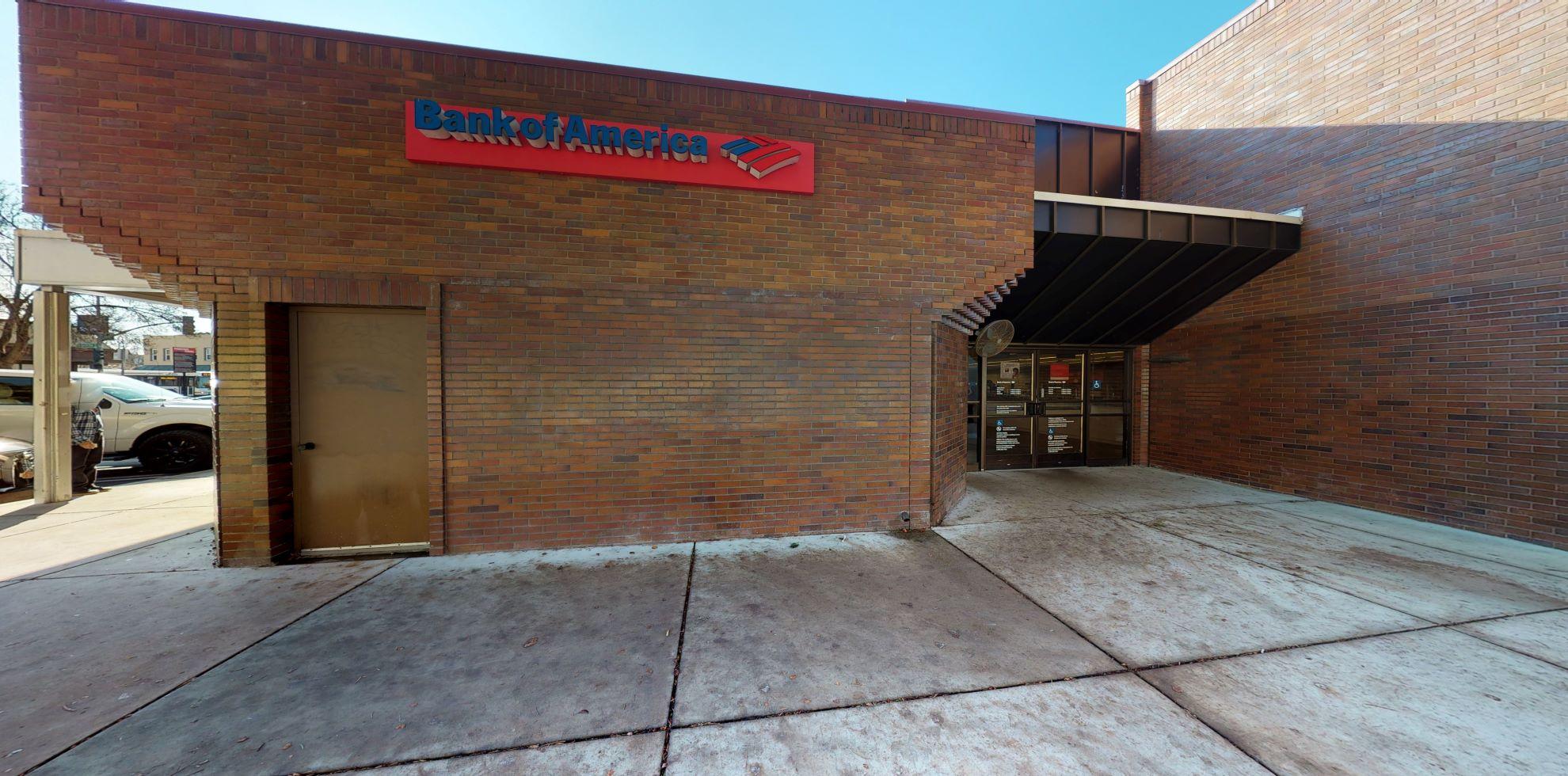 Bank of America financial center with walk-up ATM | 2154 MacArthur Blvd, Oakland, CA 94602