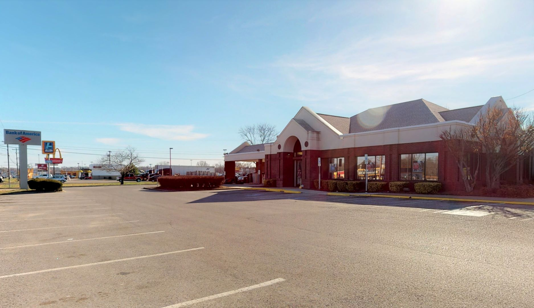 Bank of America financial center with drive-thru ATM | 1648 Fort Campbell Blvd, Clarksville, TN 37042