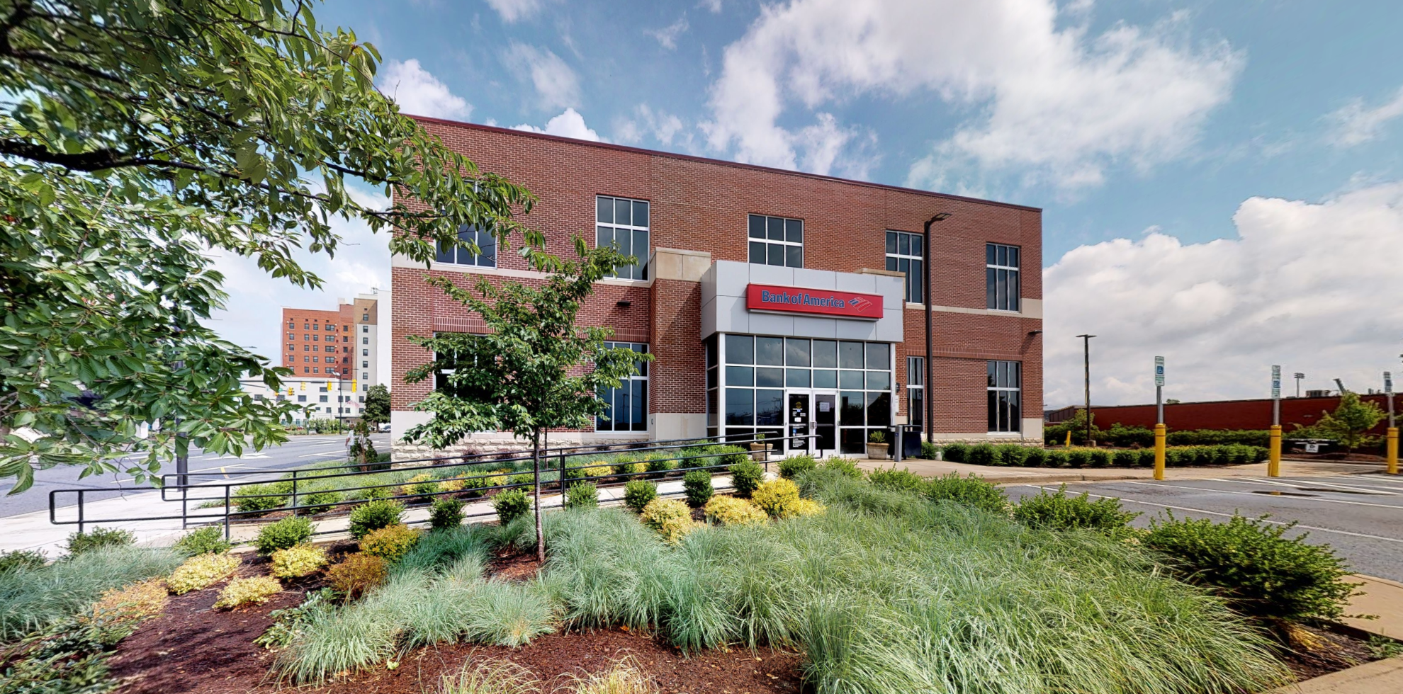 Bank of America financial center with drive-thru ATM | 501 N Main St, High Point, NC 27260