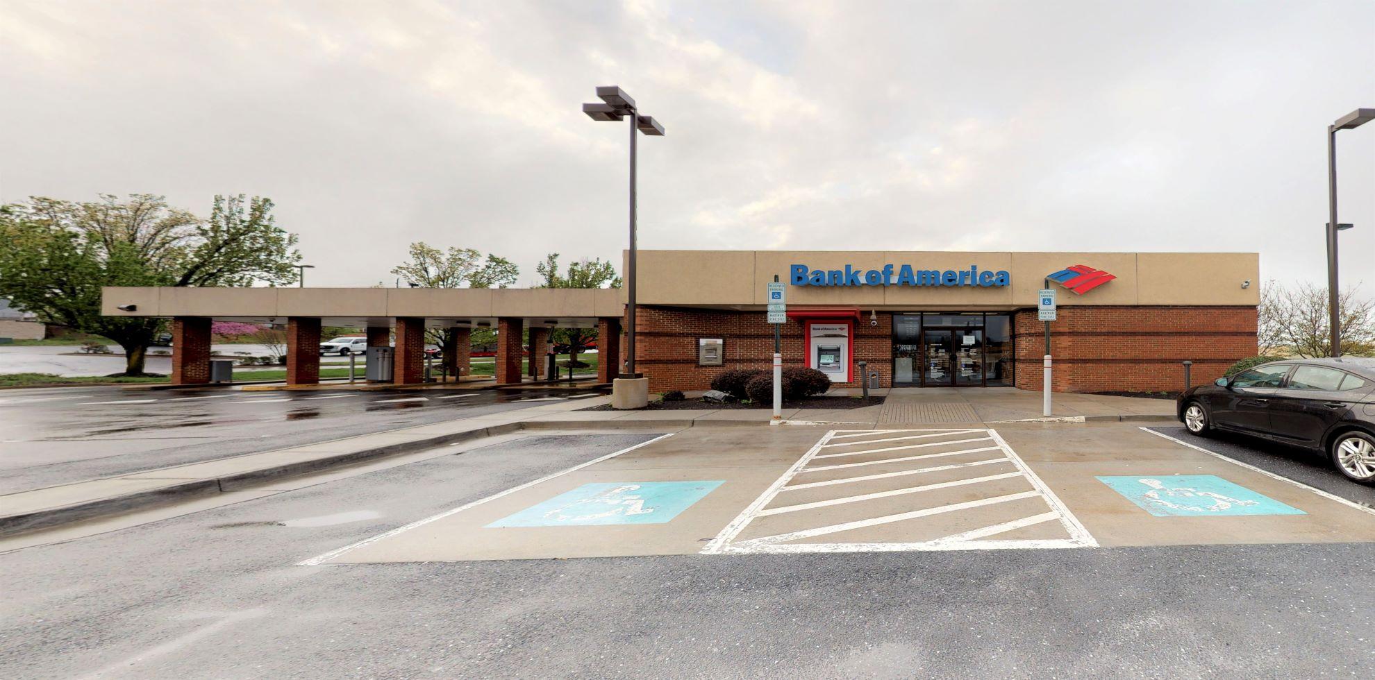 Bank of America financial center with drive-thru ATM and teller   79 University Blvd, Harrisonburg, VA 22801