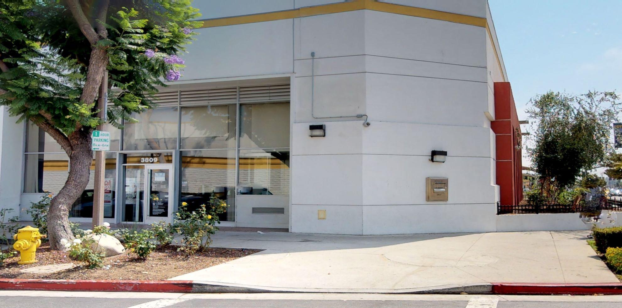 Bank of America financial center with walk-up ATM   3809 Culver Ctr, Culver City, CA 90232