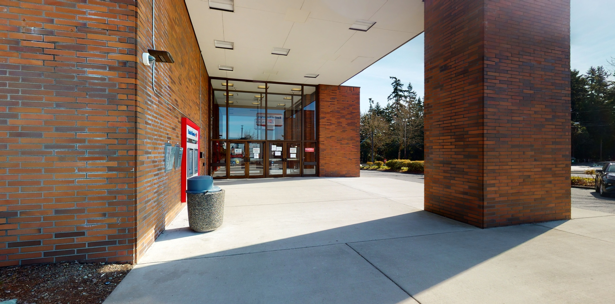 Bank of America financial center with drive-thru ATM   5727 196th St SW, Lynnwood, WA 98036