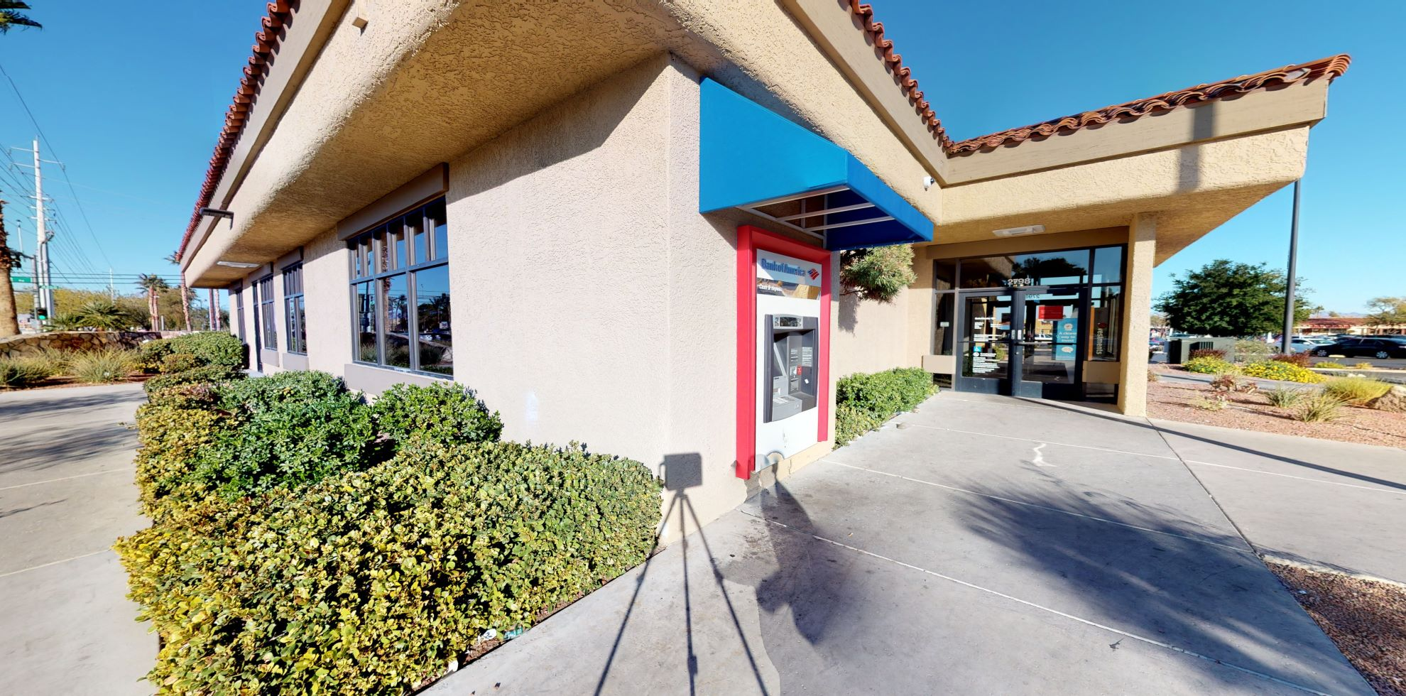Bank of America financial center with drive-thru ATM | 2798 N Green Valley Pkwy, Henderson, NV 89014