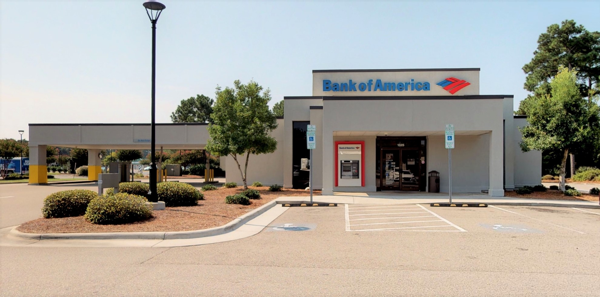 Bank of America financial center with drive-thru ATM and teller | 1325 Military Cutoff Rd, Wilmington, NC 28405