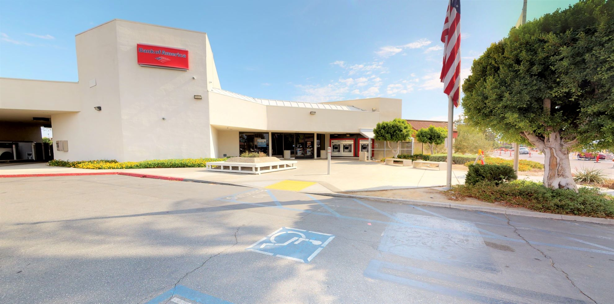 Bank of America financial center with drive-thru ATM   81800 US Highway 111, Indio, CA 92201