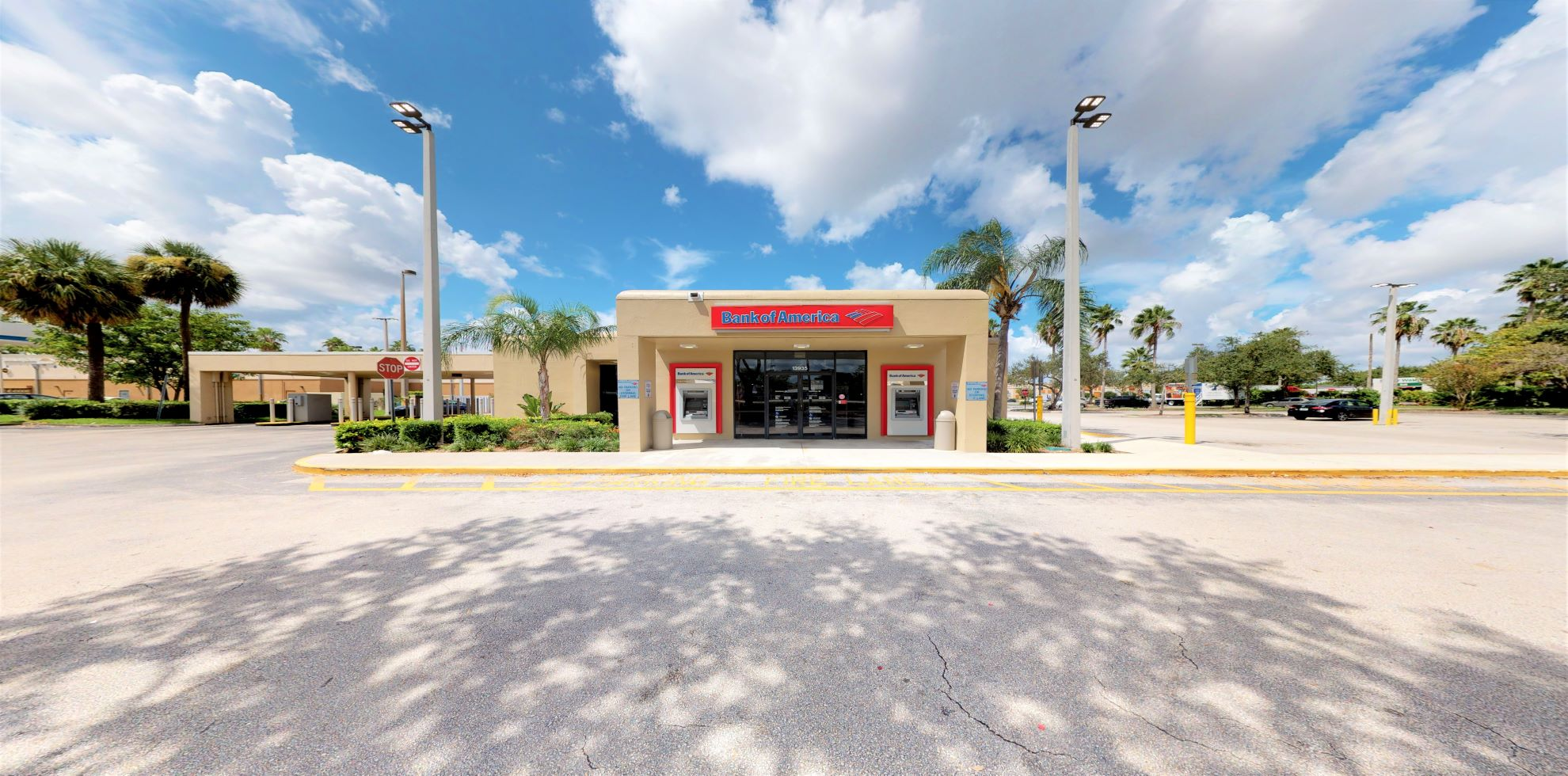 Bank of America financial center with drive-thru ATM and teller | 13935 SW 88th St, Miami, FL 33186