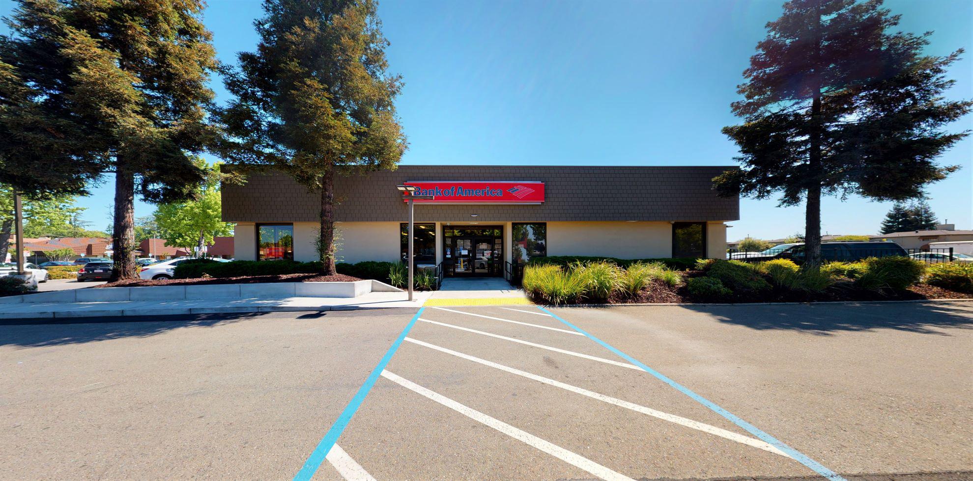 Bank of America financial center with drive-thru ATM | 1546 Saint Marks Plz, Stockton, CA 95207