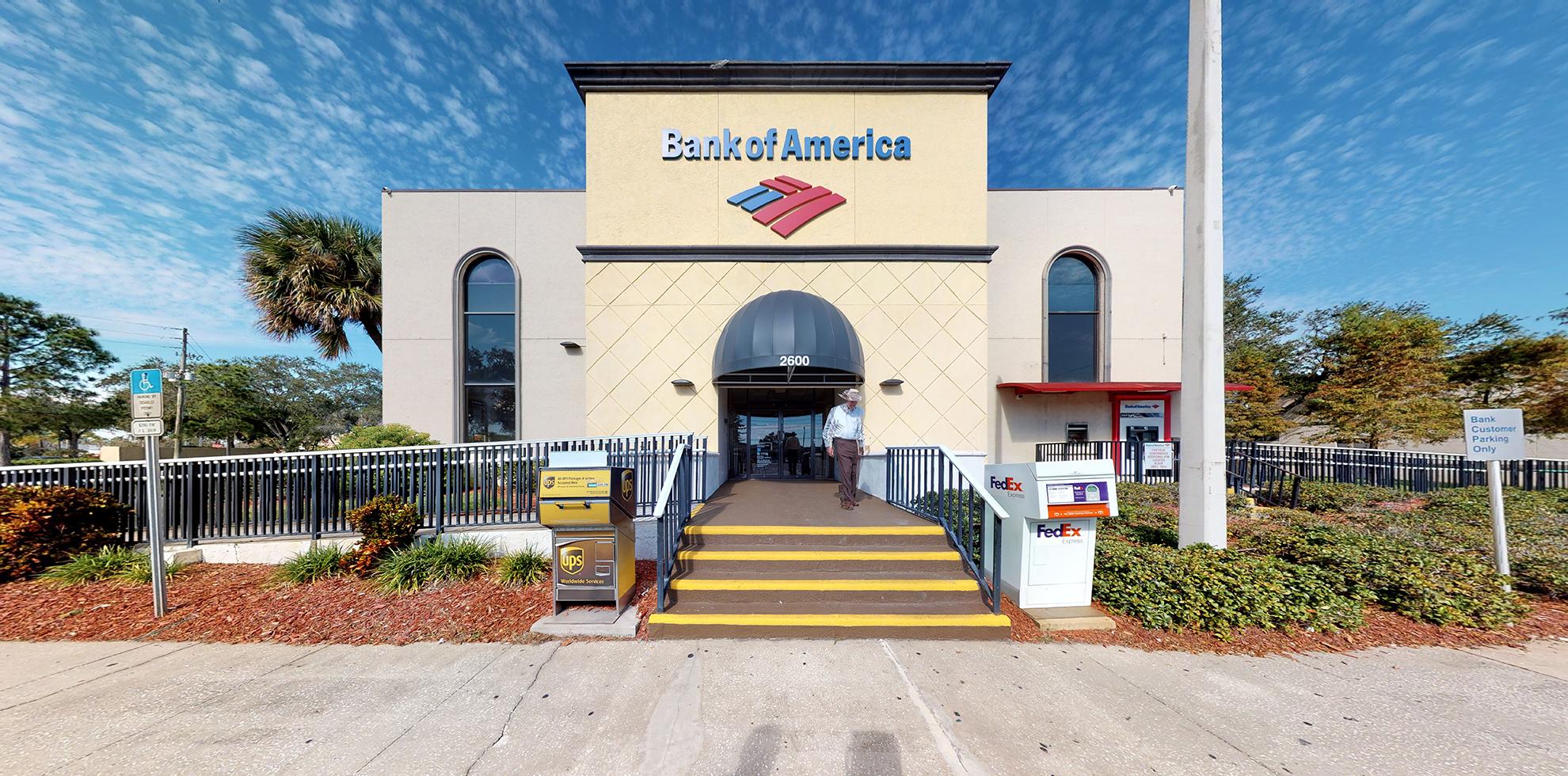 Bank of America financial center with drive-thru ATM | 2600 E Bay Dr, Largo, FL 33771