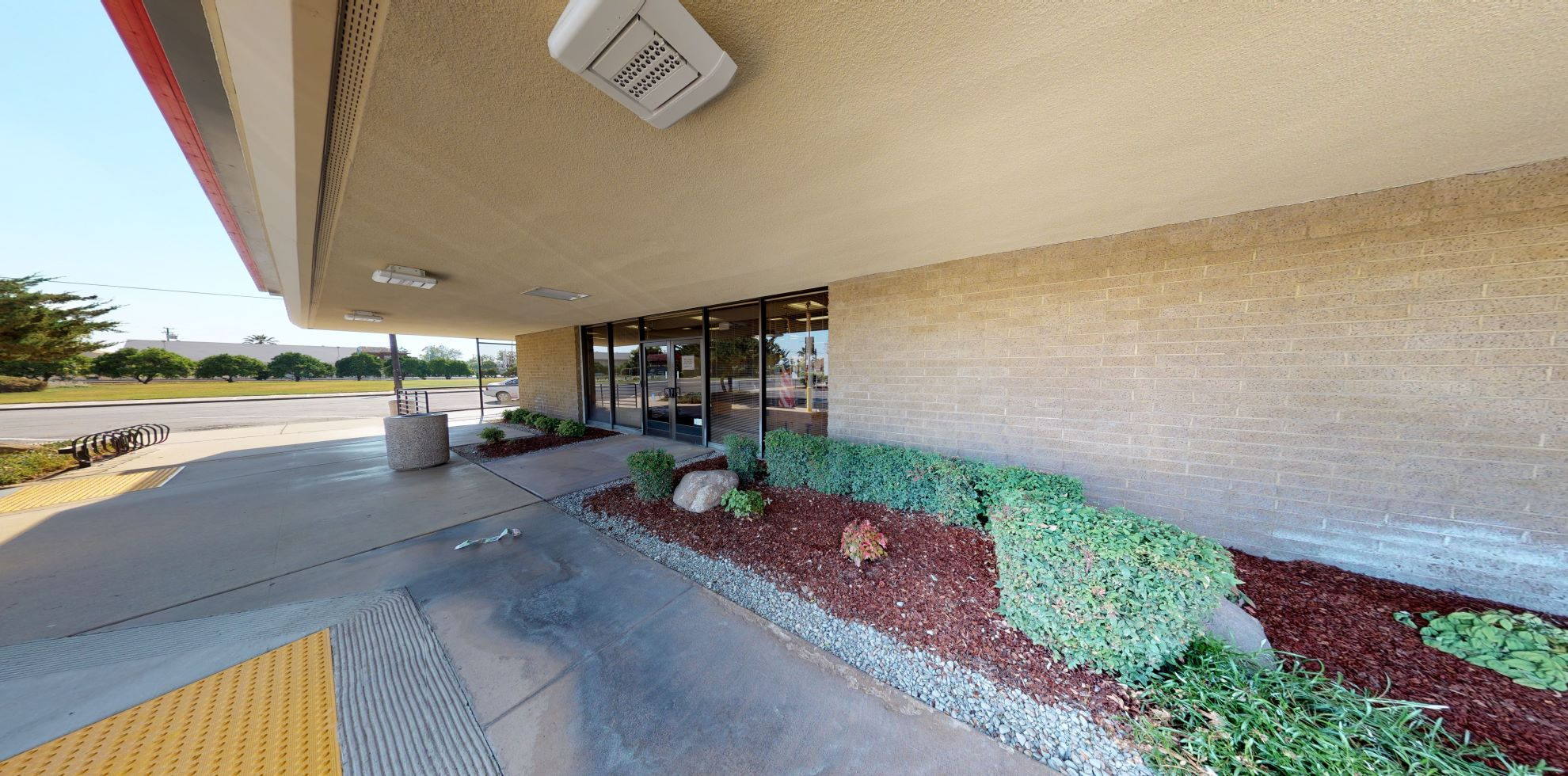 Bank of America financial center with drive-thru ATM | 100 E Pine St, Exeter, CA 93221
