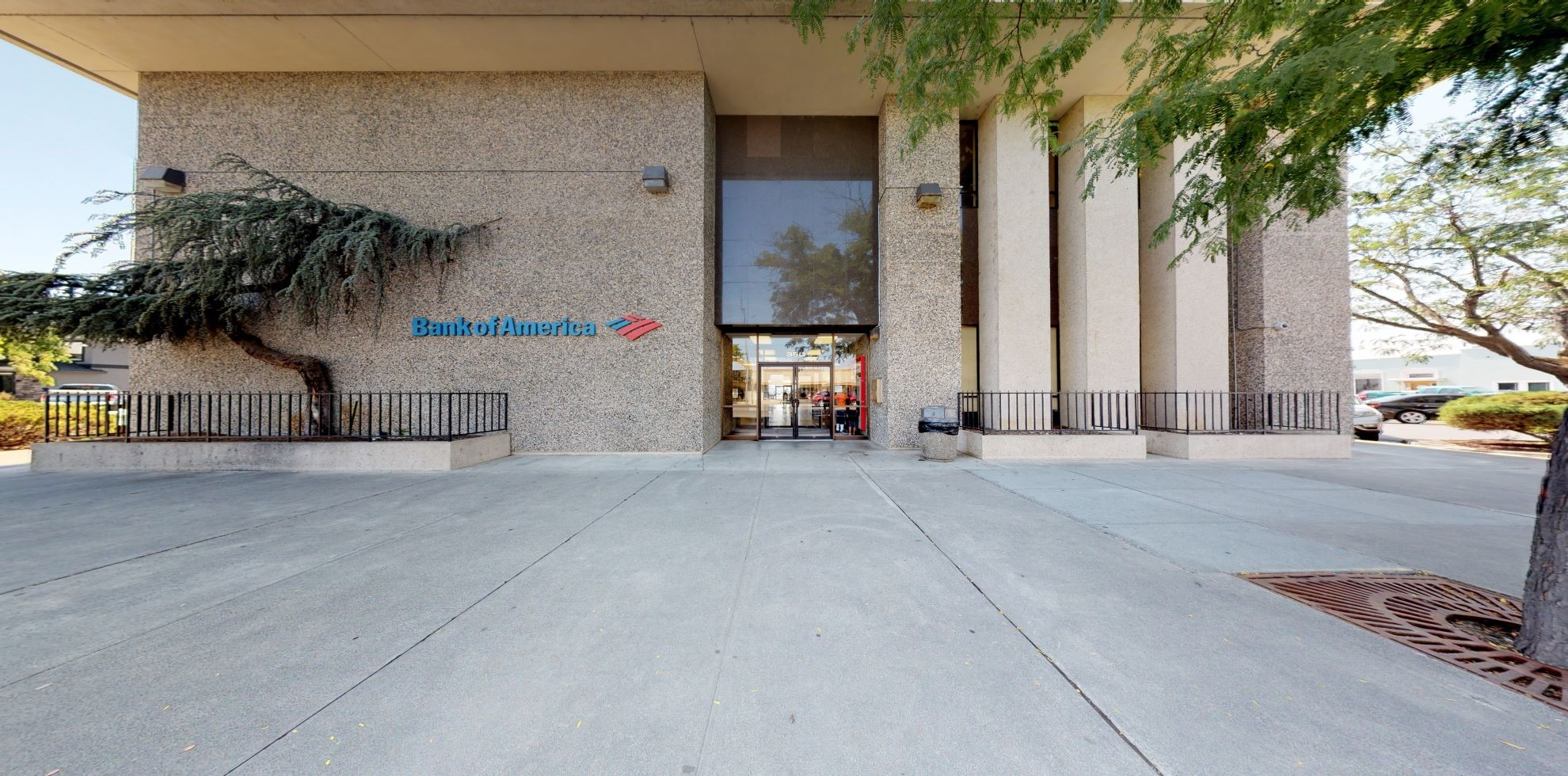 Bank of America financial center with drive-thru ATM   350 W Lewis St, Pasco, WA 99301