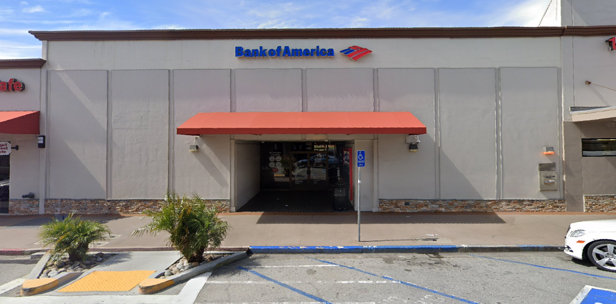 Bank of America financial center with walk-up ATM   555 Broadway, Millbrae, CA 94030