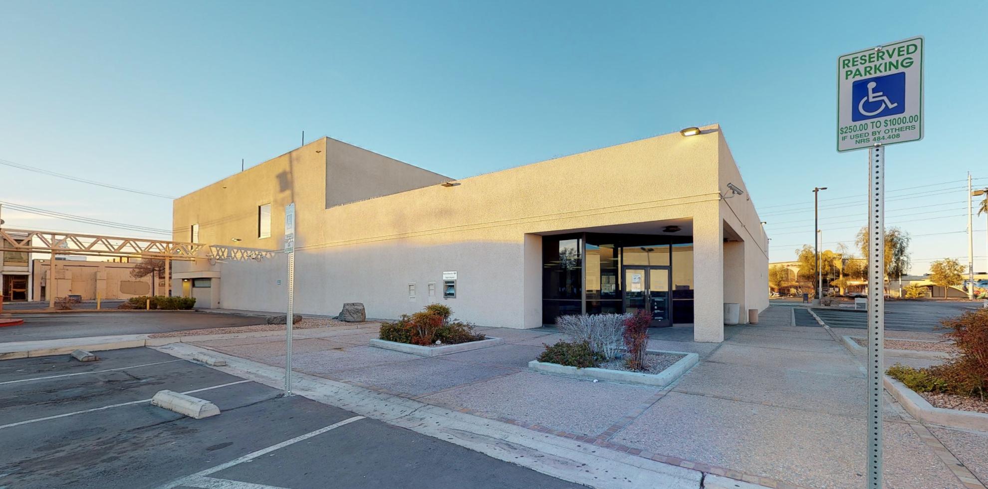 Bank of America financial center with drive-thru ATM | 1077 E Sahara Ave, Las Vegas, NV 89104