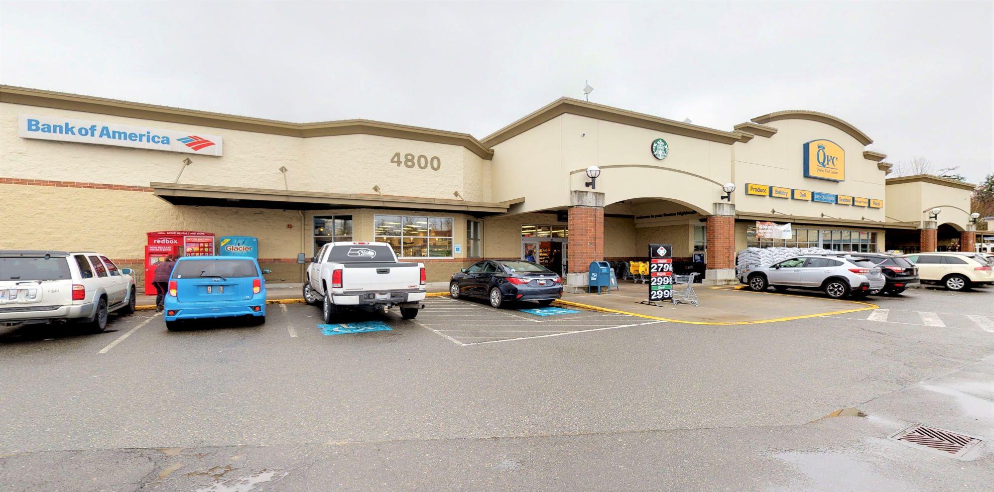 Bank of America financial center with walk-up ATM   4800 NE 4th St, Renton, WA 98059