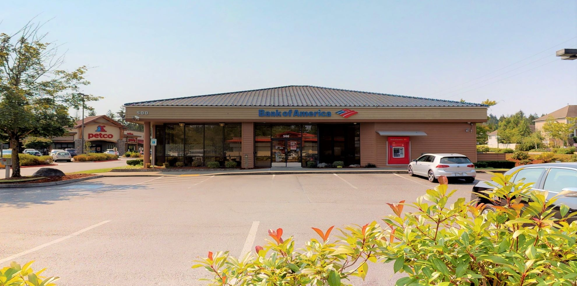 Bank of America financial center with drive-thru ATM | 500 228th Ave NE, Sammamish, WA 98074