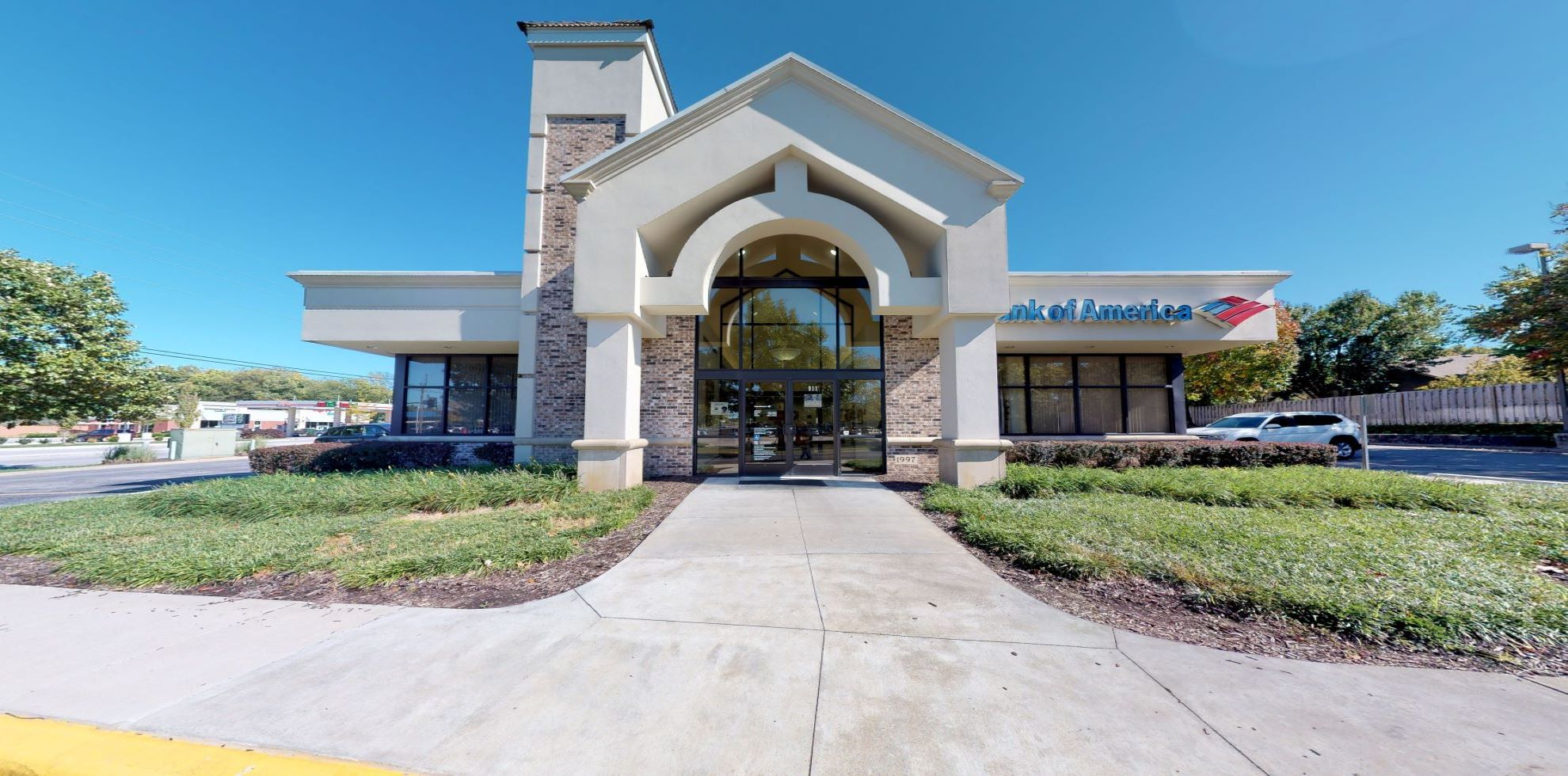 Bank of America financial center with drive-thru ATM   911 E Langsford Rd, Lees Summit, MO 64063